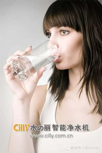 10招科学喝水的方法